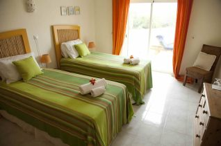 Algarve-Villa-Bedroom-2