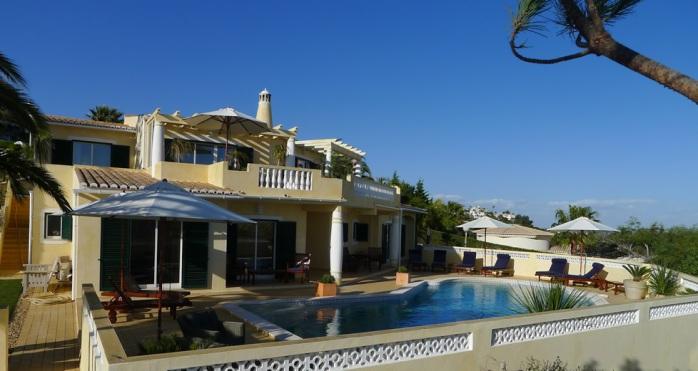 Algarve-Villa-frontview